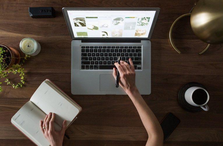 Jak pracować z domu? Wskazówki dla pracy zdalnej